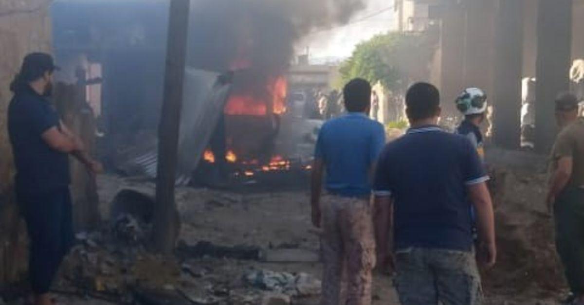 Bir araca yerleştirilen bomba patlatıldı