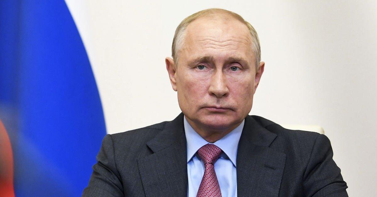 Anayasa değişikliği Putin'e yeniden aday olma imkanı veriyor