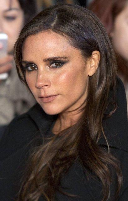 Victoria Beckham Spice Girls turnesinden 1 milyon pound kazandı - Magazin haberleri