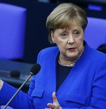 Almanya Başbakanı Angela Merkel, Libya Başbakanı Fayiz es-Serrac ile Libya'daki mevcut durumu görüştü.