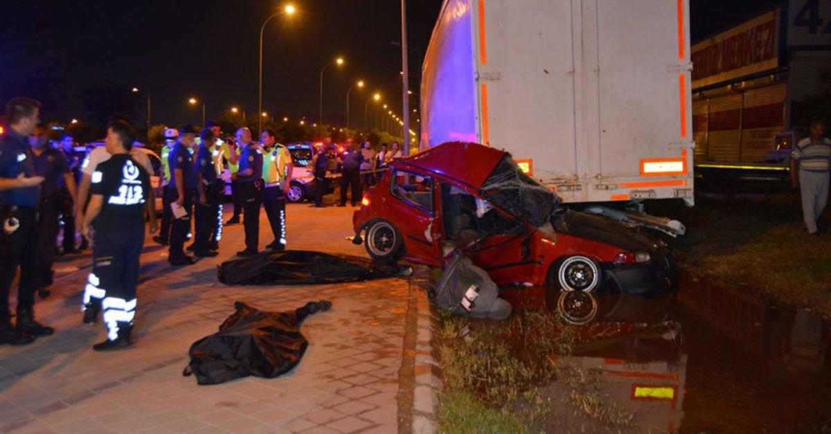 Kazada 2 kişi hayatını kaybetti