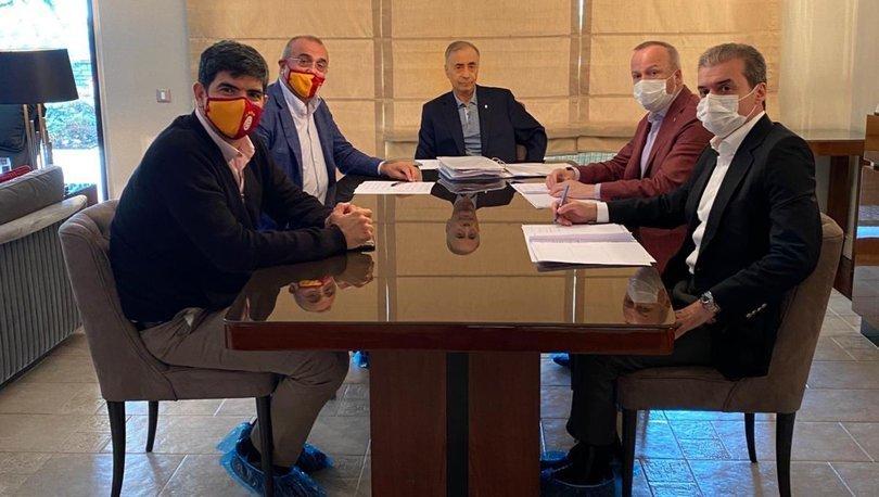 Galatasaray yöneticilerinden başkan Mustafa Cengiz'e ziyaret