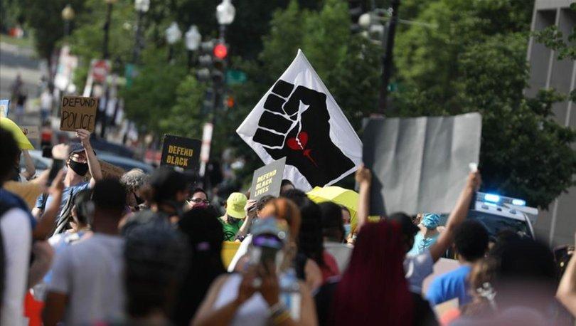 Washington'da protestocular kölelik yanlısı generalin heykelini ateşe verdi