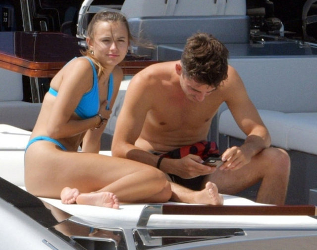 Charles Leclerc ile Charlotte Sine tatilde - Magazin haberleri