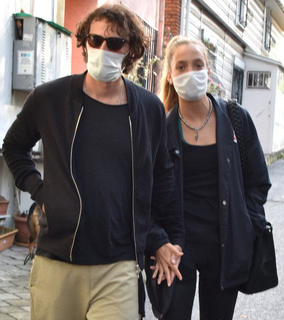 Birkan Sokullu sevgilisi Eda Gürkaynak ile el ele - Magazin haberleri