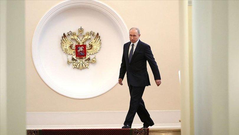 Rusya, Putin'e 2036'ya kadar iktidar yolunu açan düzenleme için sandık başında!