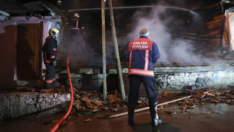 Ankara'da gecekondu kundaklandı! Alevler 2 eve daha sıçradı
