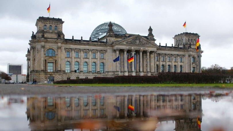 Alman parlamentosuna kundaklama girişimi! - Haberler