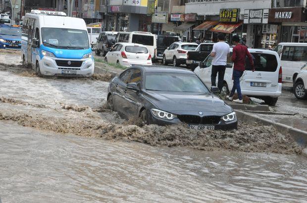 Şiddetli yağış bu kez Hakkari'yi vurdu!