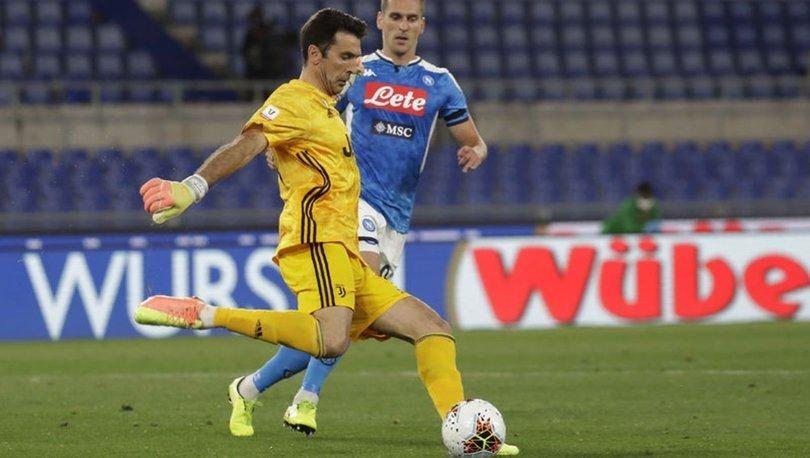 Juventus, Buffon ve Chellini'nin sözleşmelerini uzattı