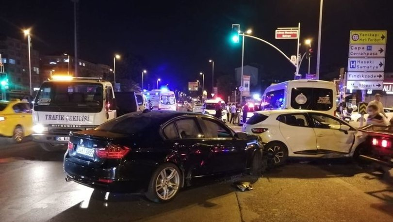 Fatih'te zincirleme trafik kazası: 1 yaralı - HABERLER