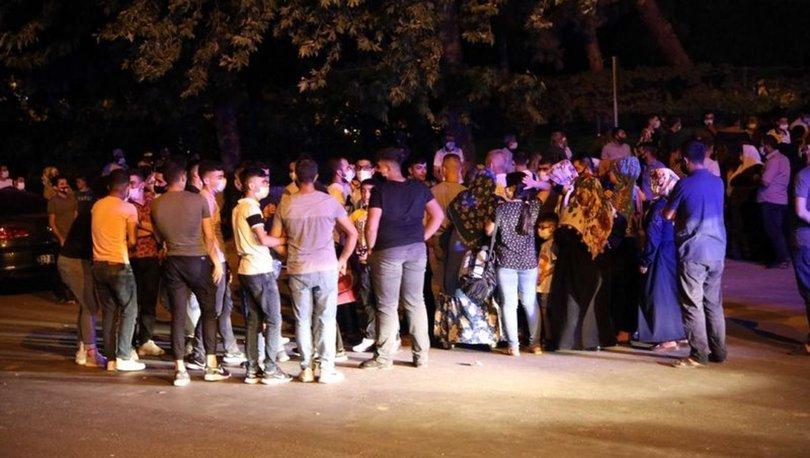 Gaziantep'te otogara alınmayan asker yakınları otogar dışında eğlendi!