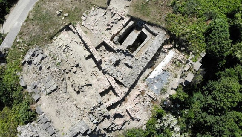 2700 yıllık antik kentin kriptosu ortaya çıkartıldı