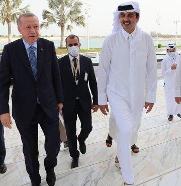 Cumhurbaşkanı Recep Tayyip Erdoğan, Doha'da Katar Emiri Şeyh Temim bin Hamed Al Sani ile bir araya geldi