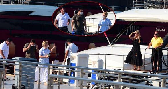 Teknede misafir var...
