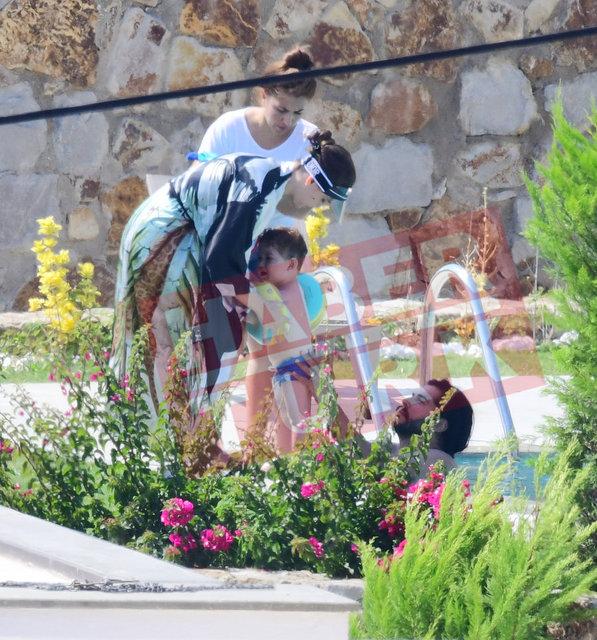 Burak Özçivit ve Fahriye Evcen'in çocukları Karan Özçivit ile tatilde - Magazin haberleri