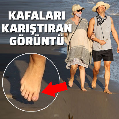 Katy Perry'nin sağ ayağı kafaları karıştırdı