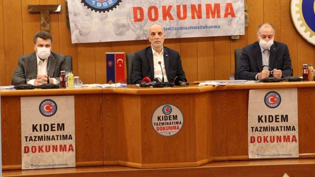 """TÜRK-İŞ'ten """"kırmızı çizgi"""" uyarısı! 5 milyon broşür dağıtacak"""