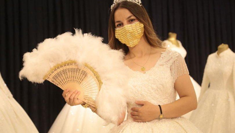 altın işlemeli maske