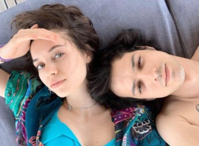 Afra Saraçoğlu ile sevgilisi Mert Yazıcıoğlu, Göcek'te - Magazin haberleri