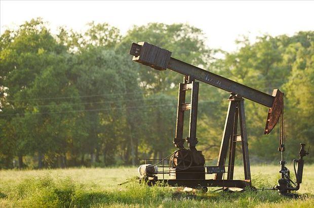 """ABD, Hafter'in """"petrol üretimi"""" açıklamalarından rahatsız"""