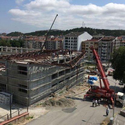 Kastamonu'da spor salonu inşaatında çökme!