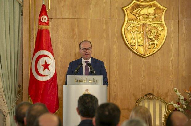 Tunus Başbakanı istifasını sundu!