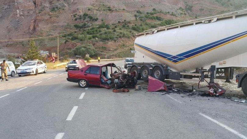 Gümüşhane'de TIR ile otomobil çarpıştı: 4 yaralı