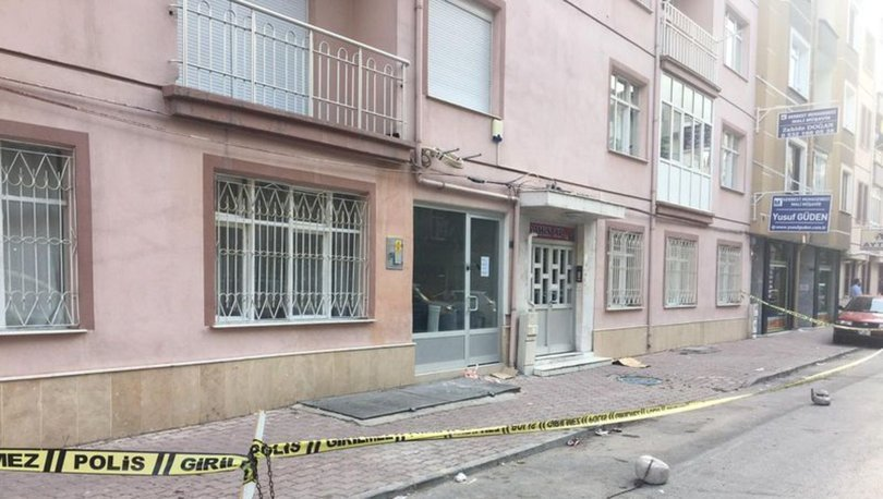 Konya'da çatlaklar oluşan apartman tahliye edildi
