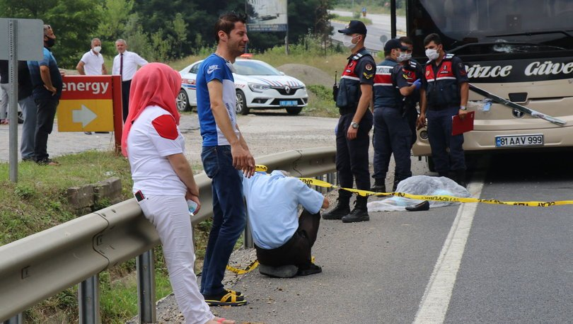 Son dakika haberi! Düzce'de yolcu otobüsünün çarptığı kadın hayatını kaybetti