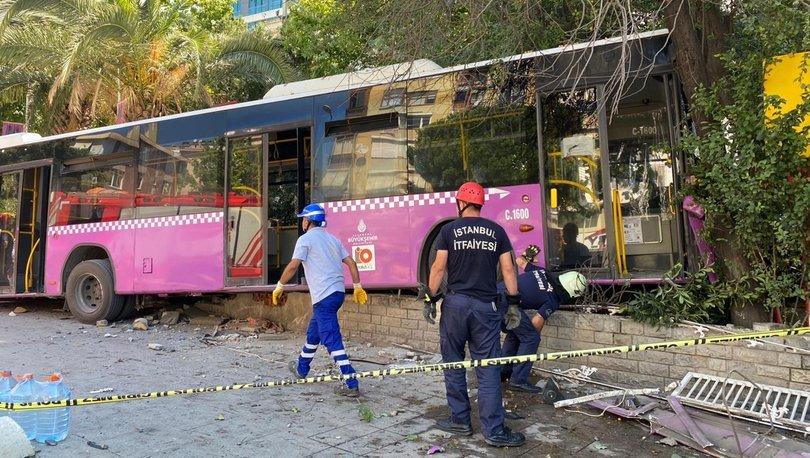 Son dakika haberler... Kadıköy'de otobüs kazası: 5 yaralı!
