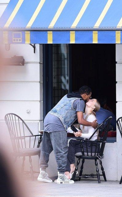Evli Patrice Evra, sevgilisiyle yakalandı! - Magazin haberleri