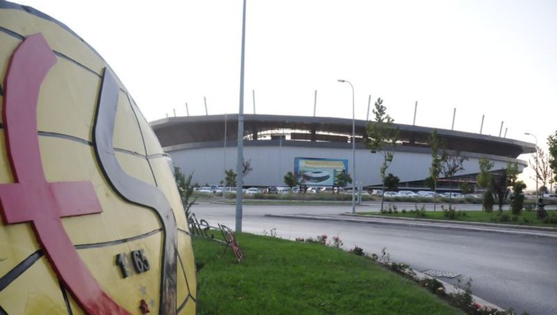 Eskişehirspor'da küme düşmenin kaldırılması sevinci
