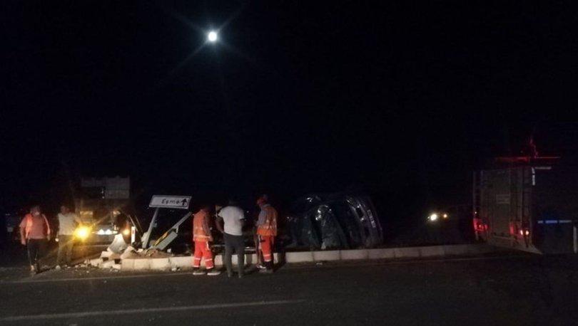 Uşak'ta otomobil ile kamyon çarpıştı: 1 ölü, 1 yaralı