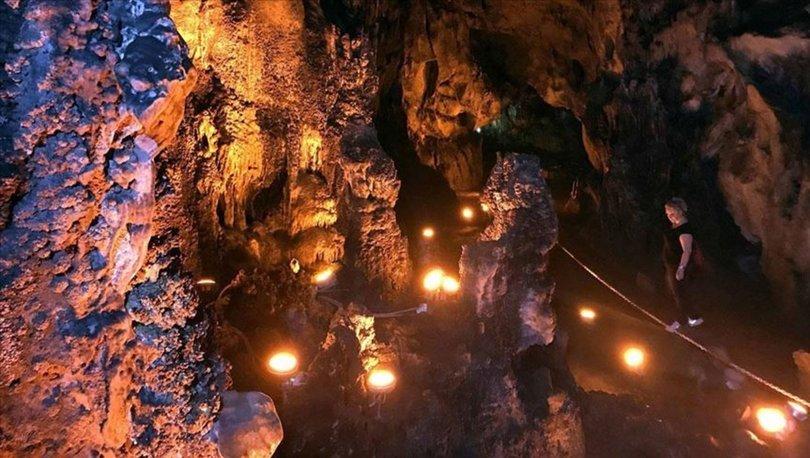 Mencilis Mağarası
