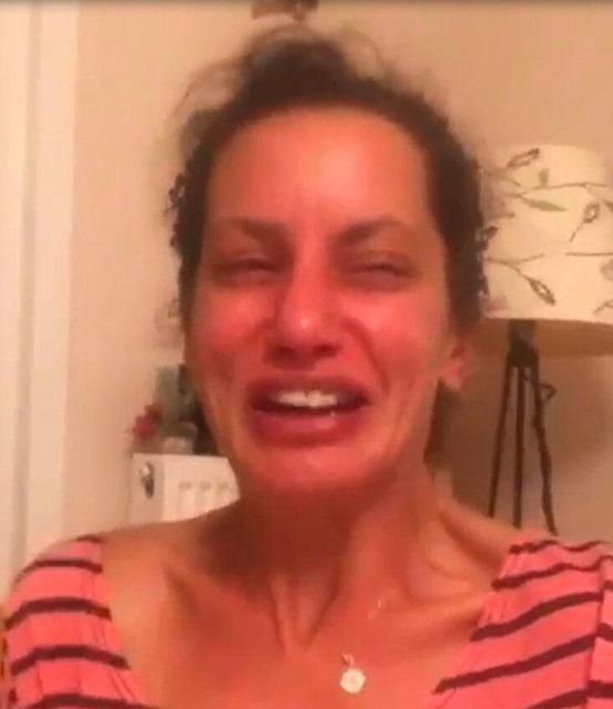 Oyuncu Yıldız Asyalı gözyaşlarını tutamadı: Biraz empati yapın! - Magazin haberleri