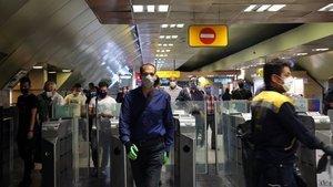 İran'da can kaybı 17 bini aştı!