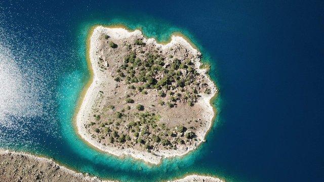 Türkiye'nin en büyük krater gölü...