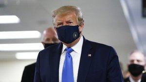 Trump koronavirüs aşısı için tarih verdi!