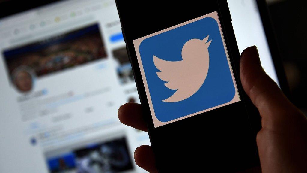 Twitter'da devlet bağlantısına etiket!