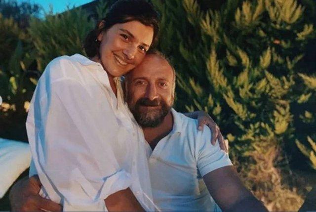 Bergüzar Korel ve Halit Ergenç evliliklerinin 11. yılını kutladı - Magazin haberleri