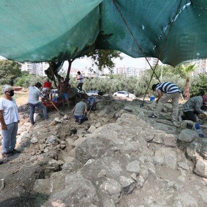 Aratos'un anıt mezarı kazılarında önemli gelişme