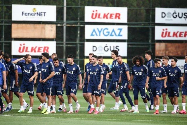 Emre Belözoğlu transferde şov yaptı!