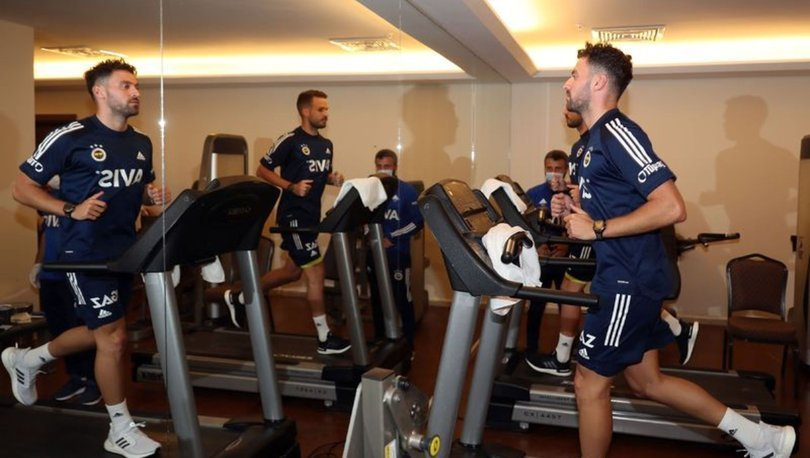 Fenerbahçe'de Novak ve Sinan Gümüş testten geçti