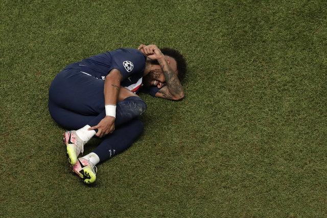 PSGli futbolcular yıkıldı! Neymar ve Mbappe ağladı