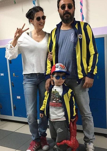 Mustafa Üstündağ ile Ecem Özkaya'dan 'okulun ilk günü' pozu - Magazin haberleri