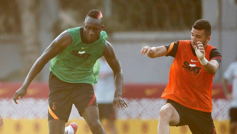 Galatasaray, günü çift antrenmanla geçirdi