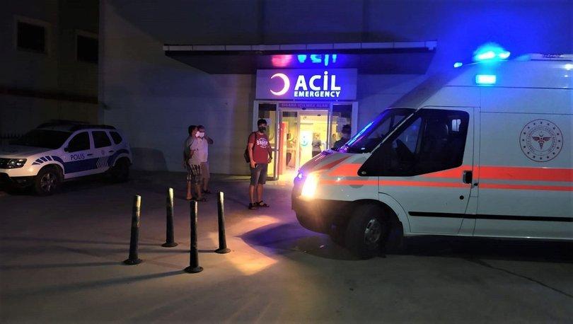 Son dakika haberler... Kafede oturanlara otomobil çarptı: 1 ölü, 4 yaralı!