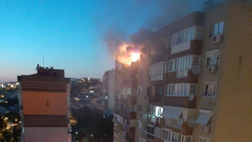 İzmir'de ev yangını! Emekli öğretmen hayatını kaybetti