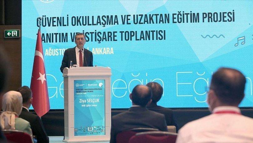 Milli Eğitim Bakanı Selçuk: Uzaktan eğitimi canlı derslerle ilgili boyutu açısından çok yüksek çıtalara kavuşt